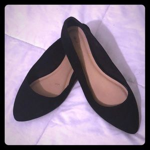 Old Navy Flats - Size 8 ( suede)